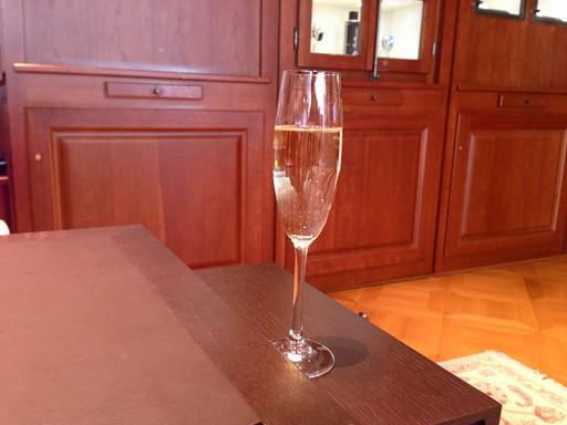 BLANCPAINブティックでシャンパン